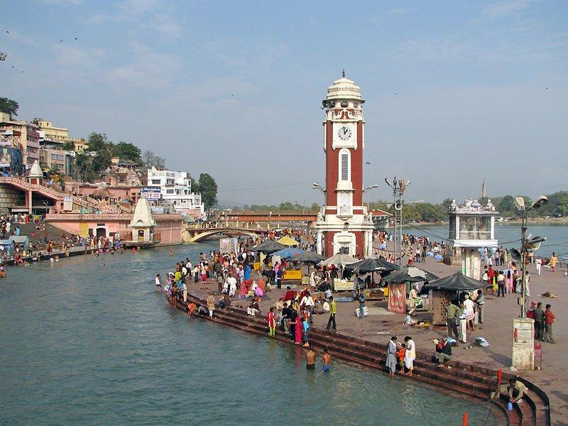 Clock_Tower__at_Har-ki-Pauri__Haridwar
